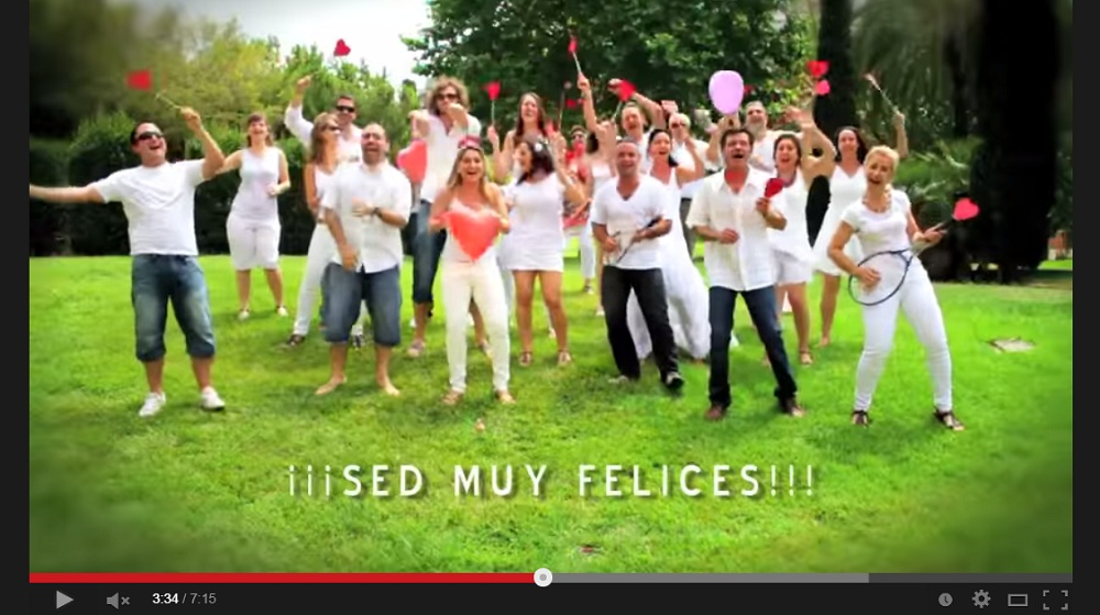 Regalo de bodas original v deo entre amigos for Ideas regalo boda amigos