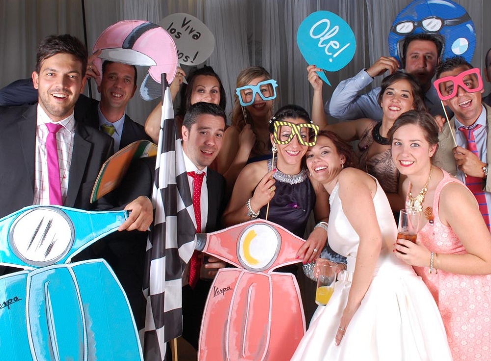 Regalo de bodas original v deo entre amigos for Regalos para amigas en boda