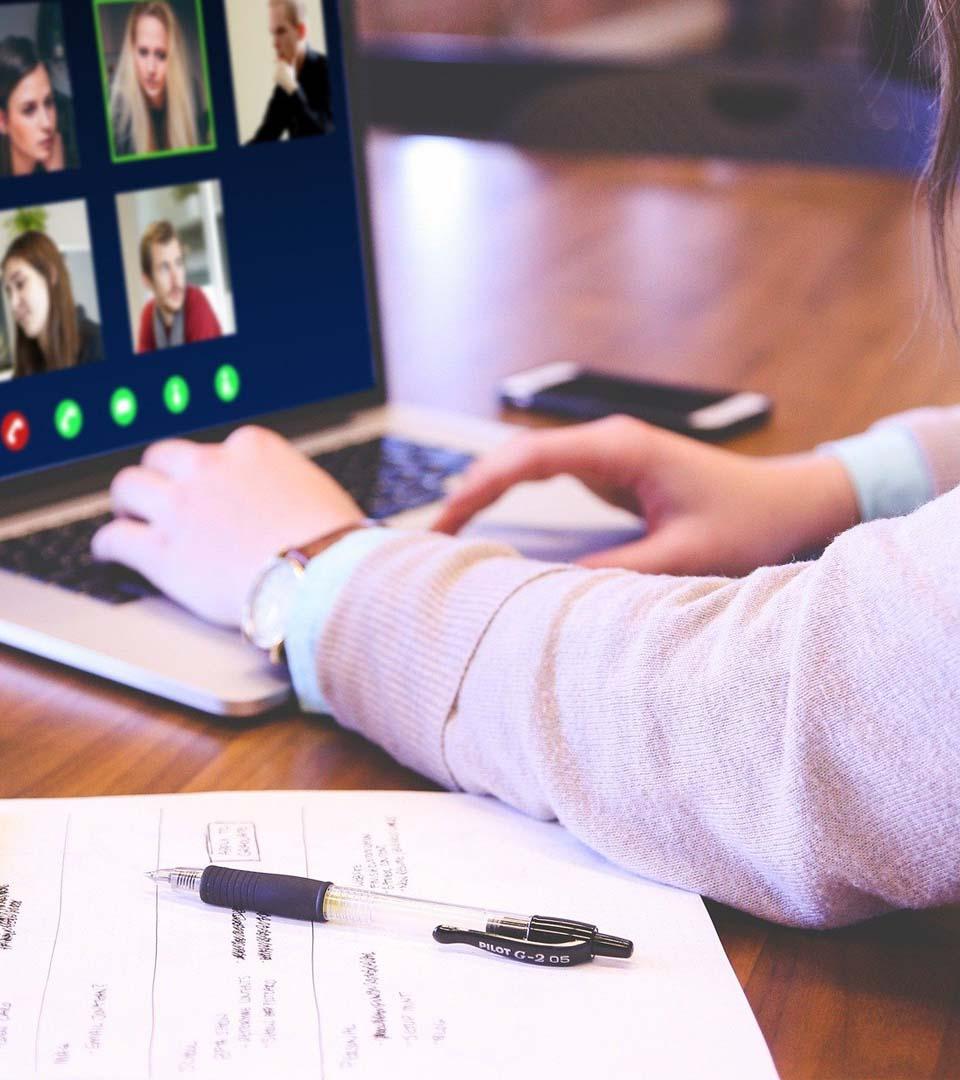 Supervisión técnica de reuniones virtuales